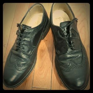 Frye full brogue wingtips $298 retail